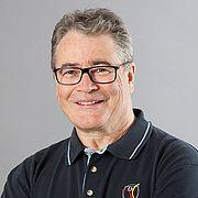 Dr. Hartmut Stinus